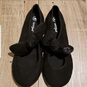 **2 for $14** New Cat & Jack Black Flats with Knot